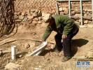 没墙、没顶,只有个蹲便器!农民想踏踏实实上个厕所好难!