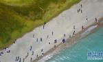 无人机拍摄赛里木湖:湖面海拔达到两千多米