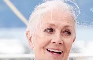英国传奇女演员获威尼斯电影节终身成就奖