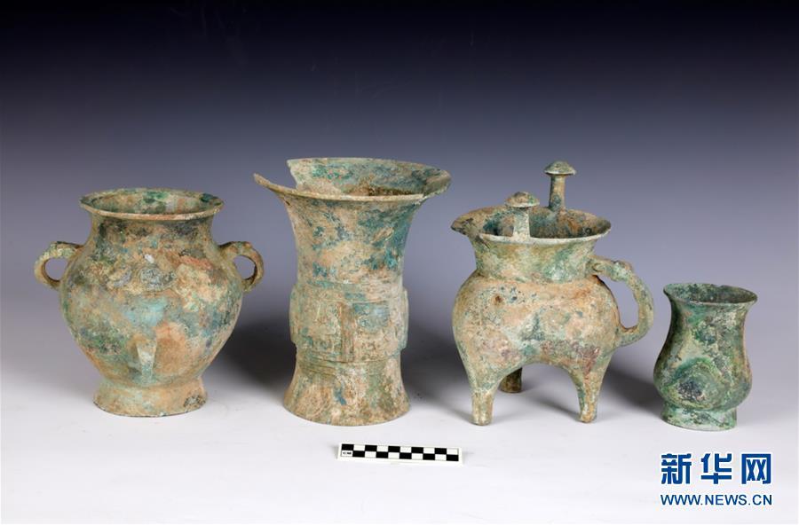 安阳辛店遗址出土一批商代晚期青铜礼器