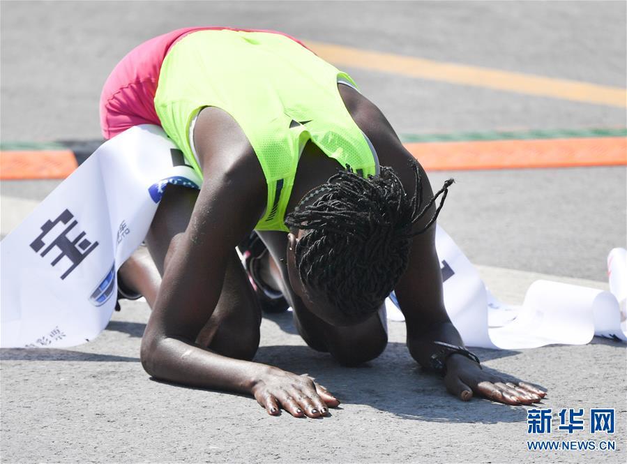 (体育)(5)马拉松——2019郑开国际马拉松赛开跑