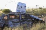 中国公民自驾车在美遇车祸致1死8伤 外交部提醒遵守交规