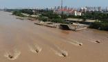黄河大流量洪水流经山东