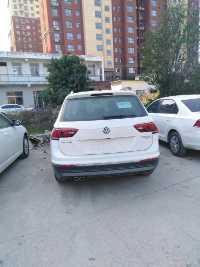 郑州女子大众途观新车刚买十几天屡出故障 博业大众4S店:燃油或有问题